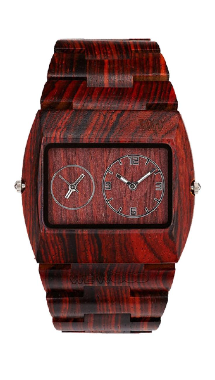Intenzivně hřejivý odstín břestovcových hodinek a design, který upoutá, to je WeWood JUPITER Brown – model, určený pro silné povahy, které se nebojí žádných životních výzev.
