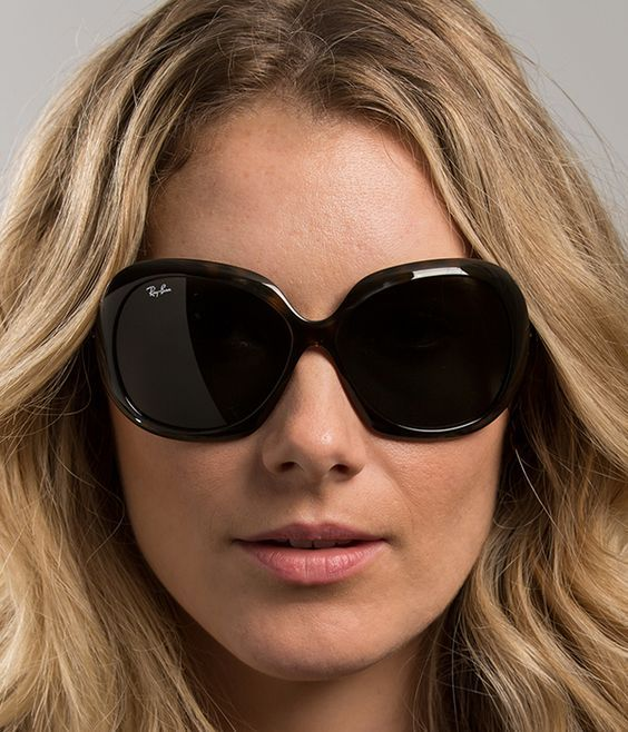 24.99---  Ray Ban RB4098 Jackie Ohh II Sunglasses Light Havana Frame Grey  Lens   Women s Sunglasses   Sunglasses, Ray ban sunglasses, Fashion 36173cf1f30d