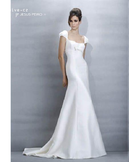 JESUS PEIRO svatební šaty, model 159 (Praha)