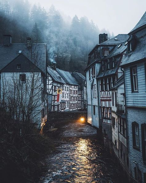 Half-timbered houses found on a misty morning walk in the beautiful city of Monschau. Shot by @theolator