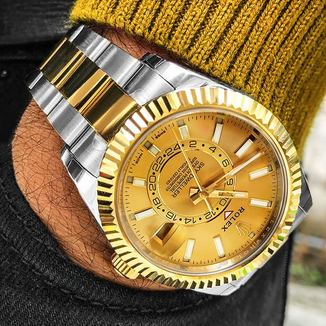 Rolex Sky,Dweller Two,Tone Looking Clean With Any Outfit