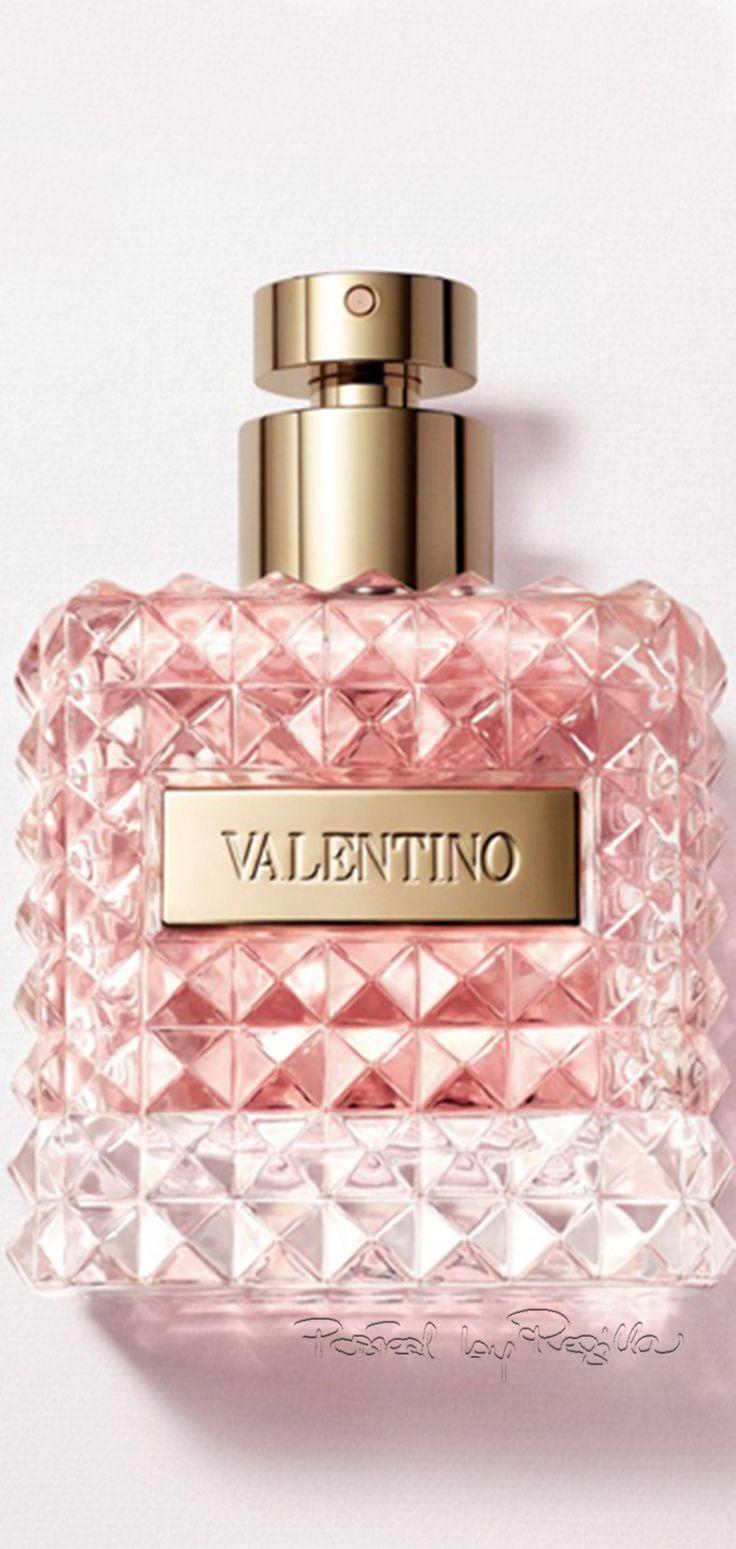 Valentino Donna - skvělý dárek k Valentýnu http://www.parfums.cz/valentino/donna-parfemovana-voda-pro-zeny/