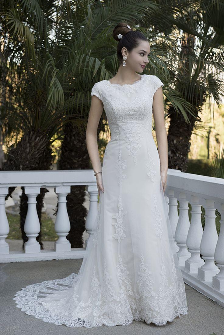 15 best Wedding images on Pinterest   Wedding frocks, Short wedding ...