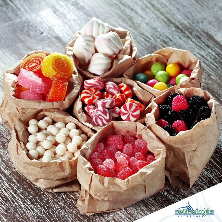 Sizleri çok mutlu edecek, birbirinden renkli ve tatlı şekerlemeler üretiyoruz. Yüzlerce çeşit şekerlememizi tatmak için en kısa sürede şubelerimize bekliyoruz. #kuruyemis #osmanlioglu #osmanlioglukuruyemis #sekerleme #seker #tatli #candy #confectioneries #nuts #insta #instalike #follow