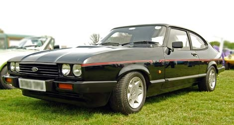 Black Ford Capri 2.8i