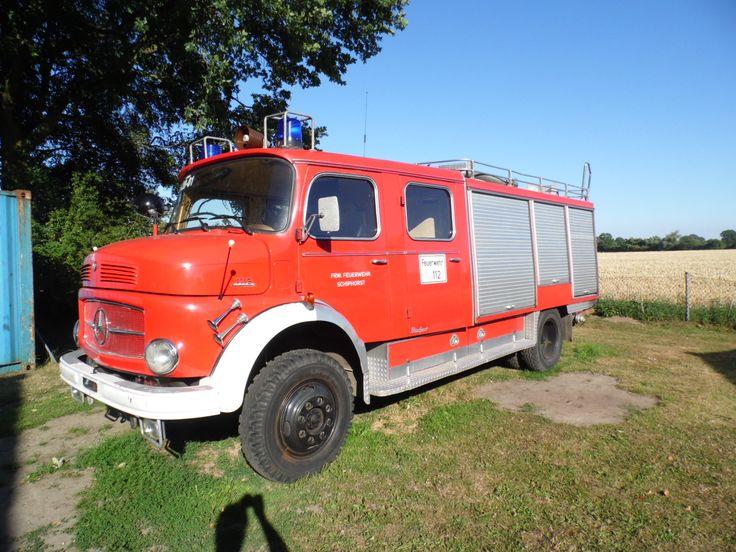 Oldtimer Tanklöschfahrzeug TLF 16/24 – Mercedes-Benz 1113