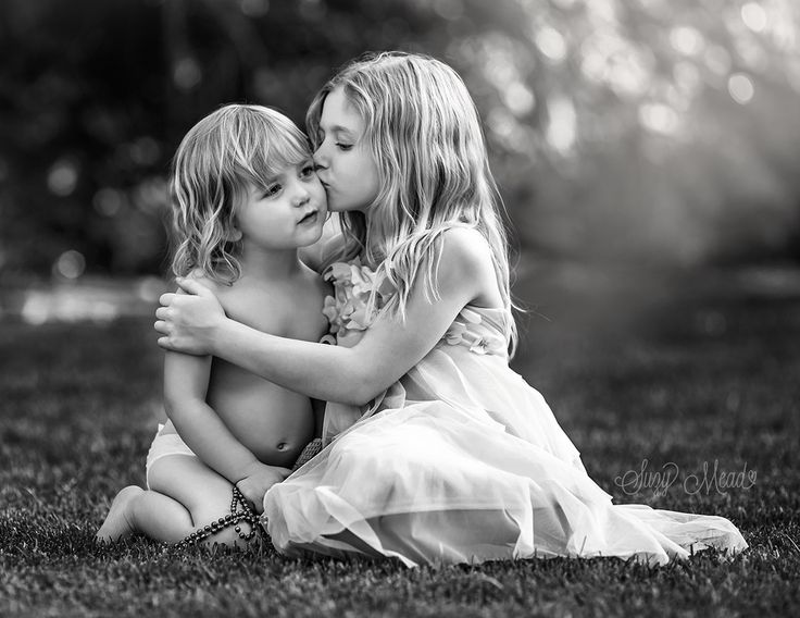 Las vegas child photographer zoe and zelda see more love by suzy mead on 500px