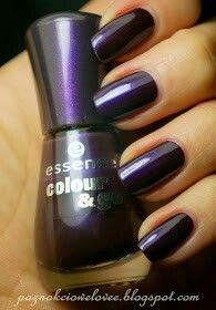 Essence colour & go -prom berry