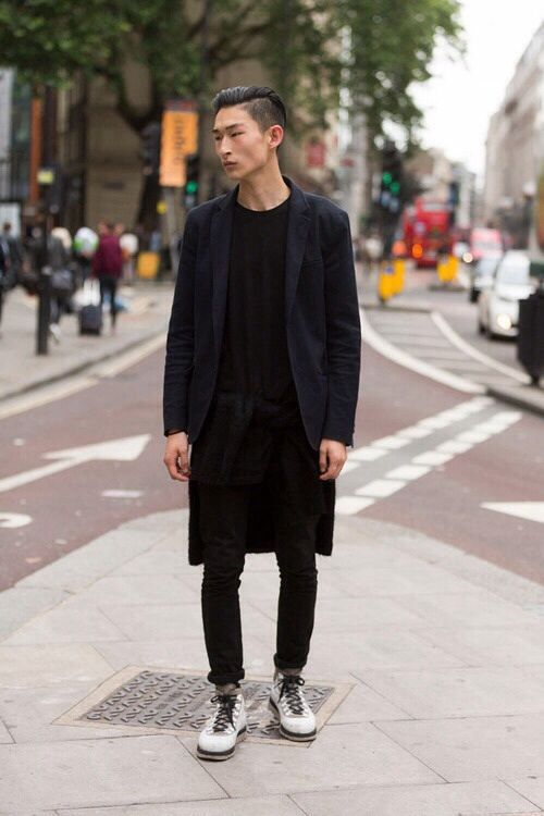 London street style. Blue blazer on black.  Tie a black jumper around wait to have that layered longline look.