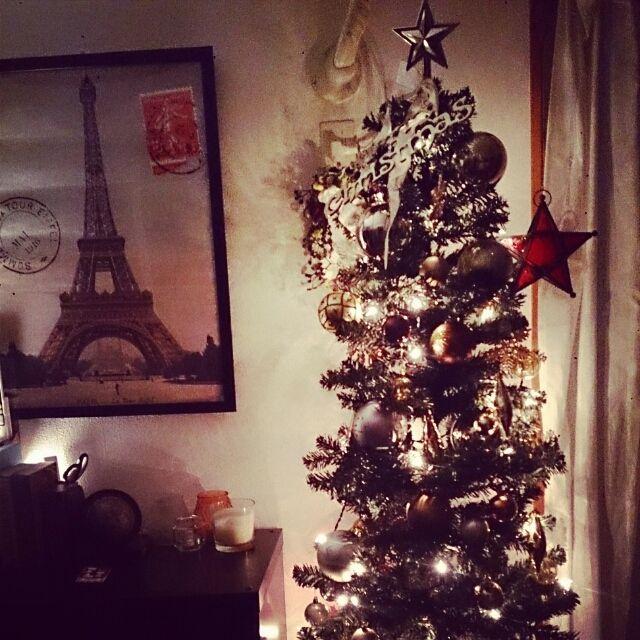sikakuさんの、クリスマスツリー,ニトリ,エッフェル塔,男前改造計画中,スターモチーフ,雑貨,男前,賃貸,海外のインテリアに憧れる,IKEA,クリスマス,リビング,のお部屋写真