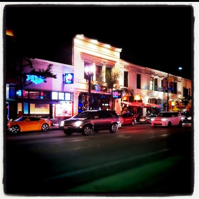 Old Town Pasadena, CA - one of my favorite towns!