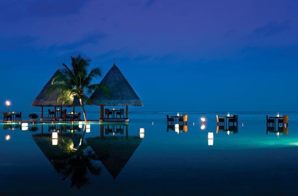Four Seasons Resort, Maldives: dining on water: Favorite Places, Seasons Resorts,  Container Vessel, Beaches Resorts, Four Seasons,  Containership, Container Ships, Kuda Huraa, Resorts Maldives