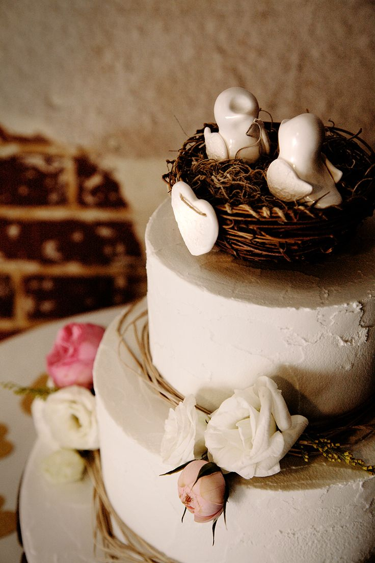 Vintage Wedding, wedding cake, Perth Wedding Photographer, rustic, romantic