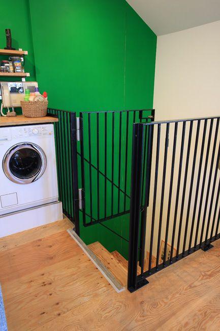 犬用ゲートは部屋の作りに合わせてサイズもデザインもすっきり