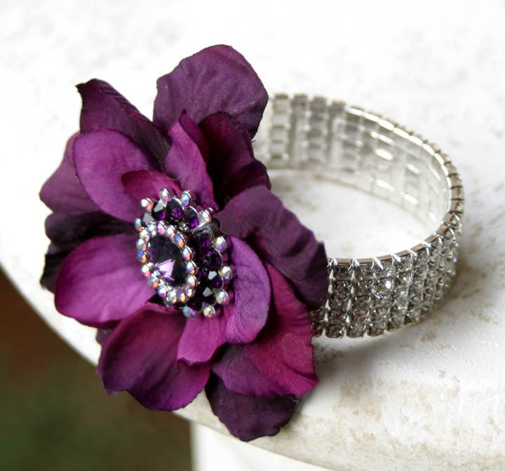 wrist corsages for 2013 homecoming | ... wrist belt that has been decorated with pearls and it would be