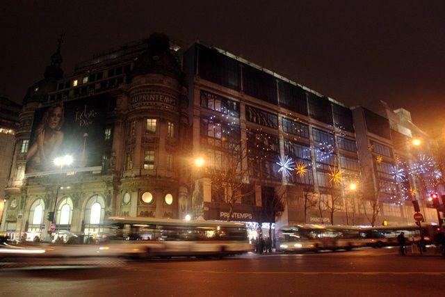 Shopping nocturne : voilà les douze zones où Paris ne baissera plus le rideau