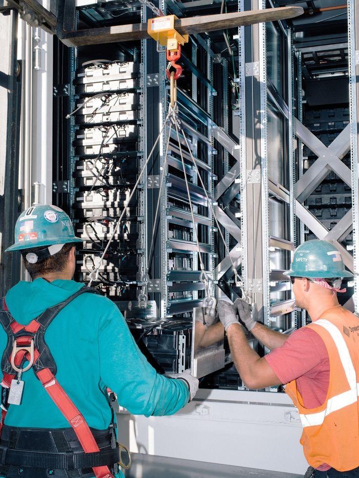 O Sul da Califórnia tem investido em sistemas de baterias para garantir o fornecimento de energia para a região. De acordo com o jornal americano The New York Times, os reguladores do setor energético viram na tecnologia de armazenamento de energia elétrica por meio de baterias uma solução à extinção das usinas termoelétricas, anteriormente responsáveis pelo abastecimento local, após um dos piores desastres ambientais da história dos Estados Unidos.Nos últimos meses, engenheiros…