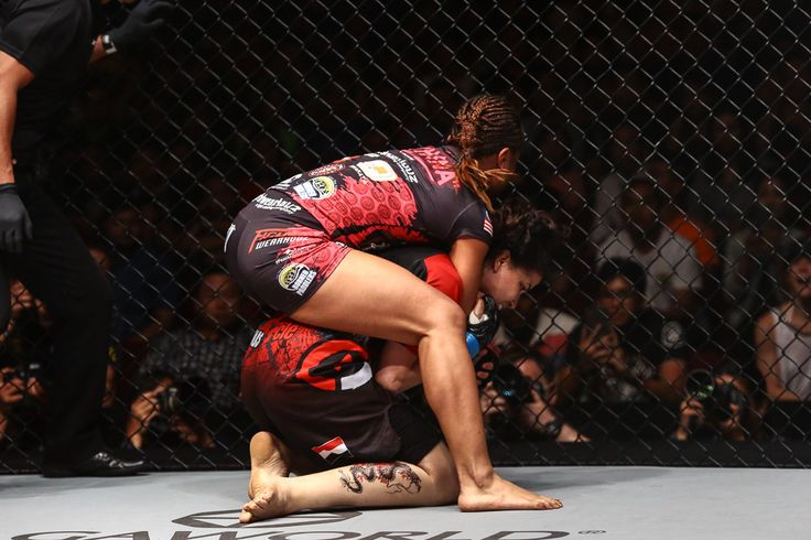 Women's Flyweight bout: Ann Osman defeats Walaa Abbas by Submission (Rear Naked Choke) at 2:23 minutes of round 1