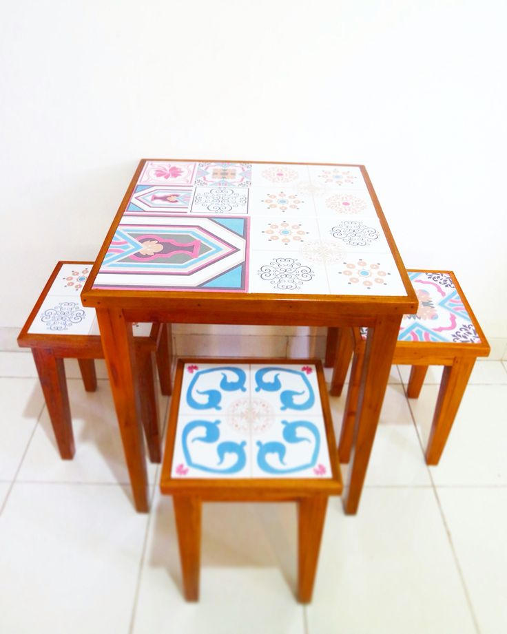 Dining table from tiles