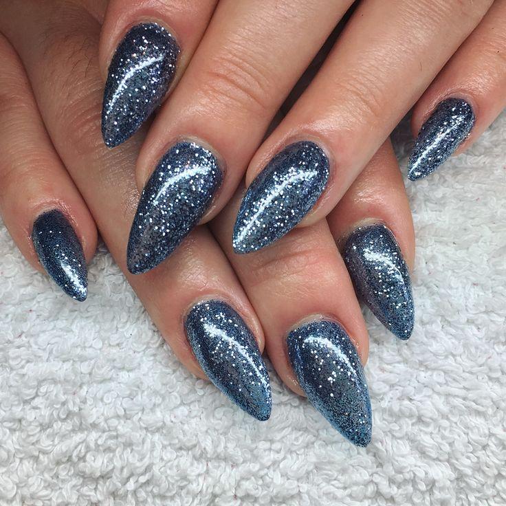Grey Nails CND Shellac Lecente Glitter Blue Gunmetal