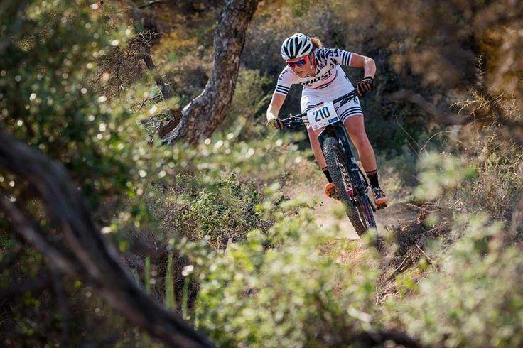 Começou a competiçãoCyprus Sunshine Cup 2017, que é realizada emChipre,uma ilha localizada na Bacia do Levante, que constitui a parte mais oriental do Mar Mediterrâneo.    Alguns dos mountain bikers mais casca do mundo sempre pintam nessa prova, como se fosse um start para a temporada do MTB.   #bike #ciclismo #competição de mtb #mountain bike #mountainbike #MTB