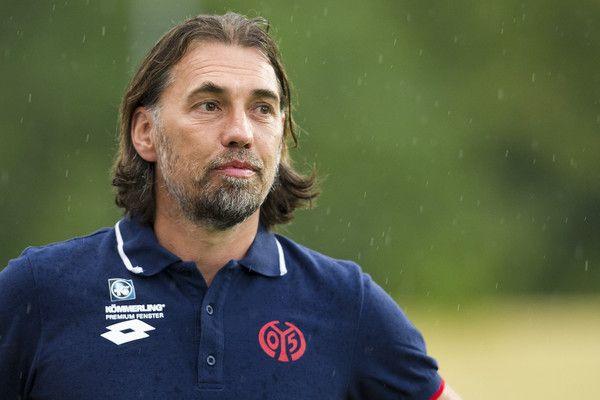 Clubul din Bundesliga, FSV Mainz, a anunțat că se desparte de antrenorul care a reușit să o salveze de la retrogradare, Martin Schmidt.