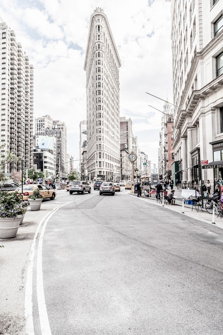archatlas:   Manhattan Zsolt Hlinka  Check out... - City Landscapes
