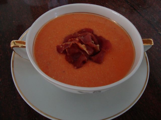 Gazpacho, Andalusialainen tomaattikeitto - Kotikokki.net