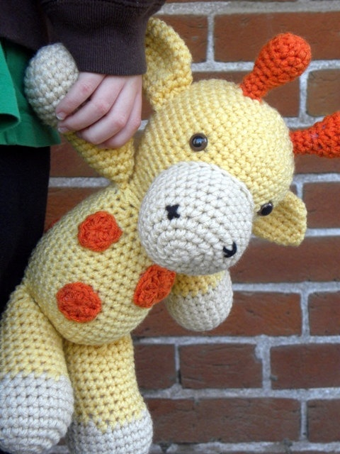 Cuddly Amigurumi Giraffe : 136 best images about Make it - Crochet on Pinterest ...