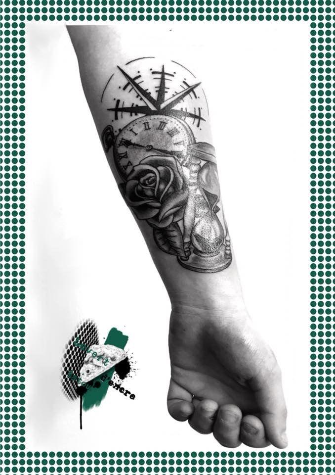 Gousset rose sablier rose des vent  old scool tattoo