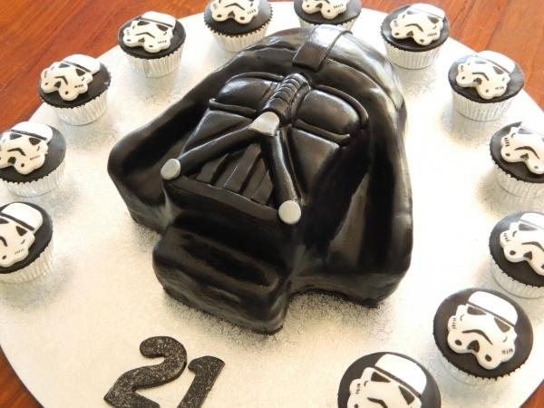 Fabuleux Les 25 meilleures idées de la catégorie Gateau dark vador sur  KV69