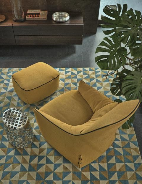 POLIFORM: Santa Monica lounge armchair and pouf, Cheese small table and Pandora sideboard