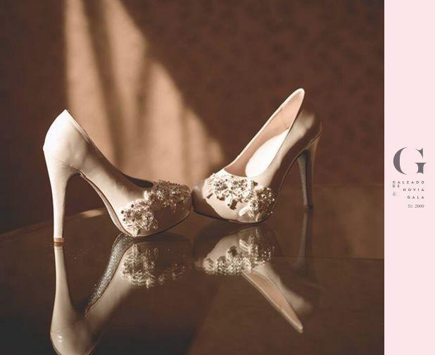 ¡Unos zapatos de ensueño para que conquistes el mundo! #GrezzoChile  Visítanos en Alonso de Cordova 4034, Vitacura.