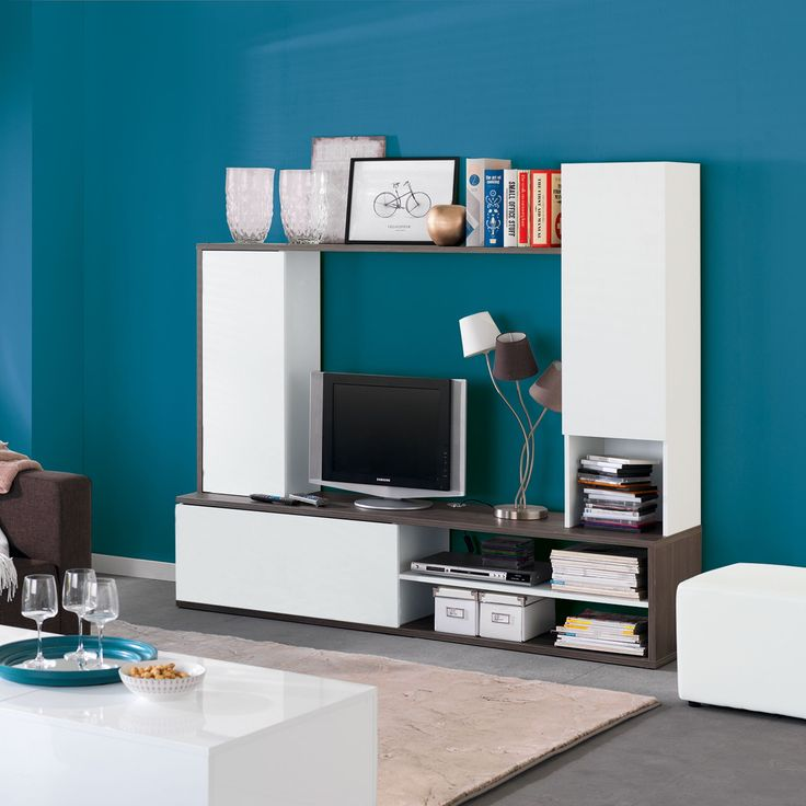 1000 id es sur le th me tv au mur sur pinterest salon tv meuble suspendu et tv for Deco mur tv