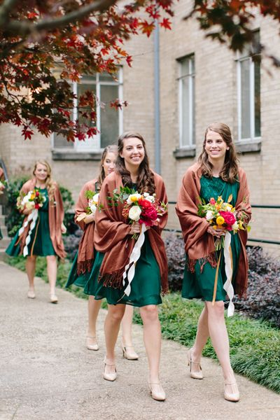 Jade bridesmaid dresses with pashminas | Lauren Carnes