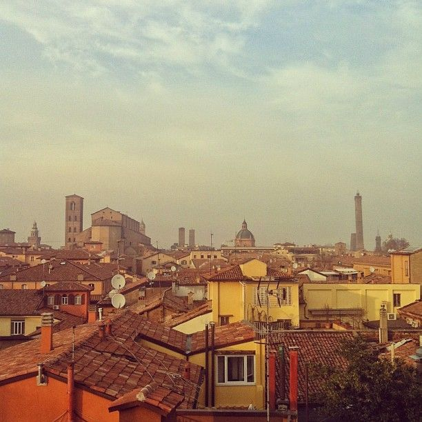 Bologna, Italy / photo by Nicolee Drake