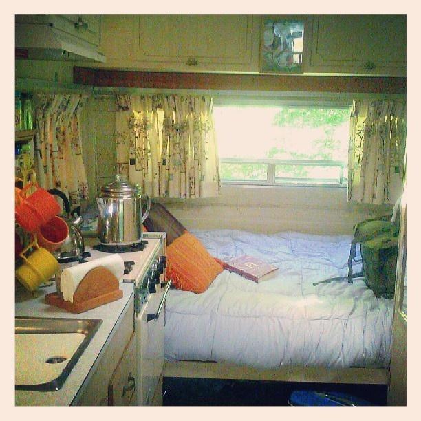 New bed set-up this year with a plain grey comforter. #bedding #vintagetraveltrailers #vintagecamper #winnebago #1966winnebagotraveltrailer #snugnest | Flickr - Photo Sharing!