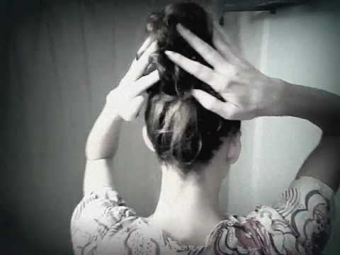 Super cute 3 minute hairdo! I LOVE Abigail Goss!!!