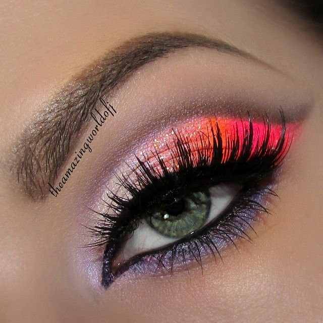 Sub muted shades of pink and rose, or even use purple in an ombré across the lid.
