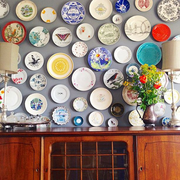 Hang Vintage Decorative Plates (or Design Your Own) On A Bare Wall.