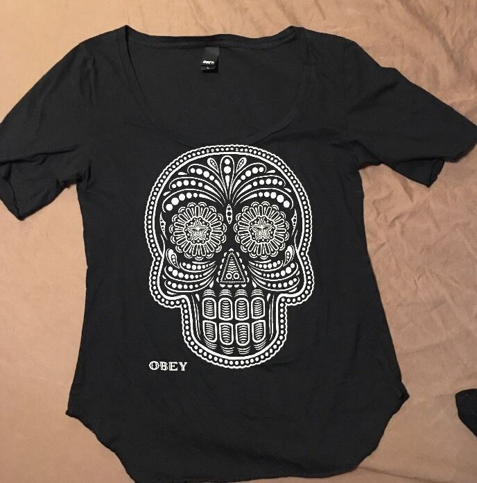 Buckle Obey Black and Beige Sugar Skull T Shirt Top Large L USA Women'S | eBay
