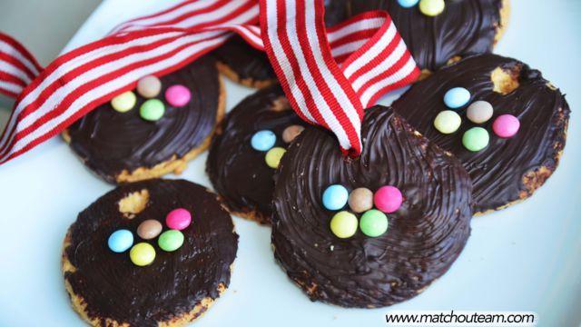 Réalisez des médailles gourmandes aux couleurs des jeux olympiques. N'hésitez pas à faire participer vos enfants, ils seront ravis !