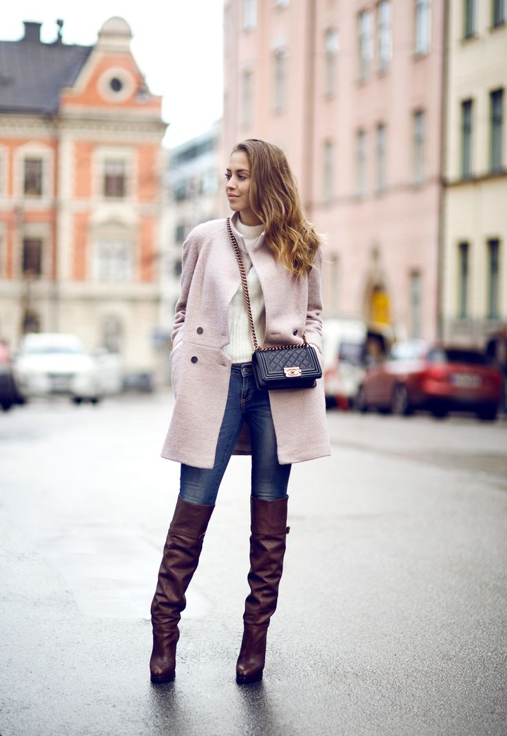 Swedish blogger Kenza Zouiten walks the town in rich brown over-the-knee boots from H&M. | H&M OOTD