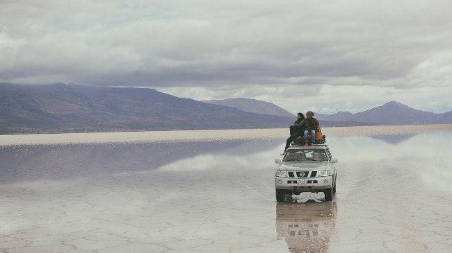 Relocation car où comment louer une voiture gratuitement ou pour presque rien.   C'était en Nouvelle-Zélande, alors en trip en stop, j'ai fait la rencontre de Sven qui m'a tout appris et qui m'a montré comment louer une voiture pour 1€