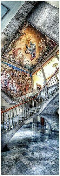 Interior Castillo de Chapultepec, Ciudad de #México Mario Oropeza Interior Chapultepec Castle, Mexico City Tour By Mexico - Google+