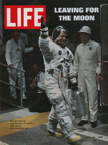 LIFE Magazine July 25, 1969 Neil Armstrong Apollo 11 Leaving for Moon