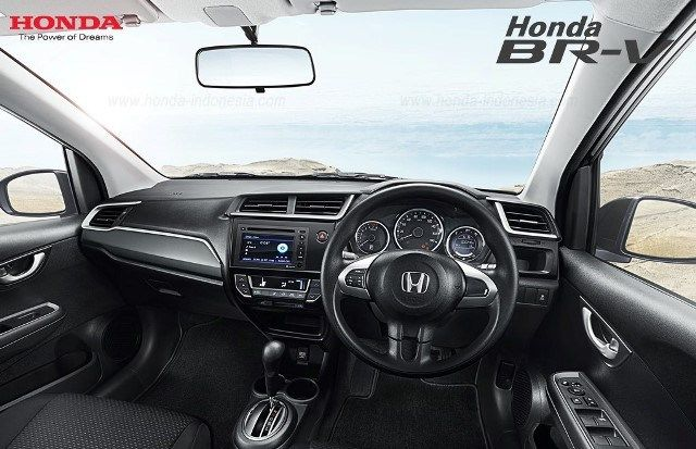 Interior Honda BRV Indonesia Desain gagah, interior premium, performa dan fitur keselamatan kelas tinggi dari Honda BR-V akan menemani setiap petualangan Anda kapanpun, dimanapun. #honda #brv