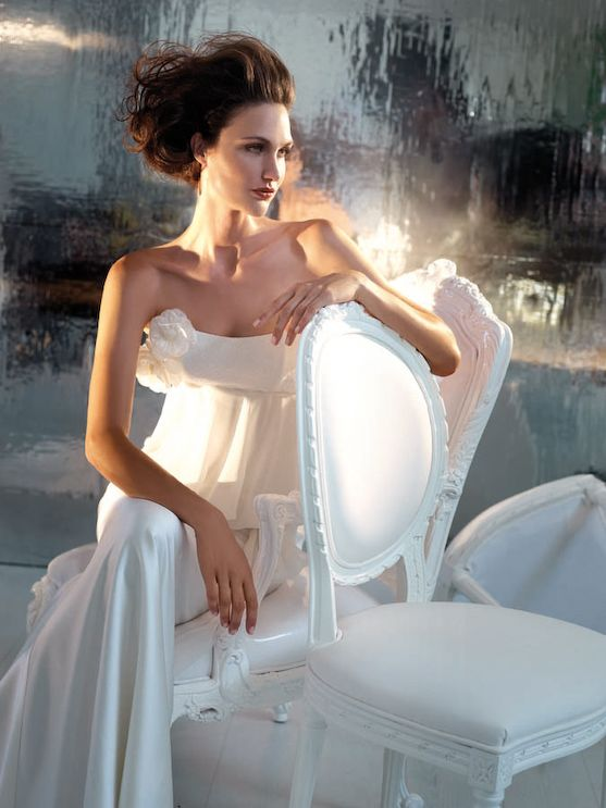 nyfika, nifika, nyfika 2013, Wedding Collection - Χειροποίητο Νυφικό   ΝΥΦΙΚΑ ΟΙΚΟΣ ΝΥΦΙΚΩΝ ΣΤΕΛΛΑ ΤΣΕΚΑ   Στέλλα Τσέκα Wedding Collection Παράδοση στον Χώρο της Υψηλής Ραπτικής.