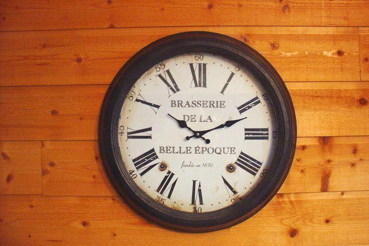 plus de 1000 id es propos de les horloges murales sur pinterest belle paris et bordeaux. Black Bedroom Furniture Sets. Home Design Ideas