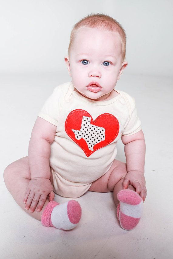 I Love Texas Baby Toddler Bodysuit Charcoal and Pink by babybolt